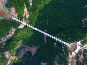 zhangjiajie-grand-canyon-glass-bridge-haim-dotan_dezeen_2364_col_3