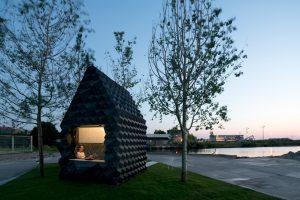 dus-architects-urban-cabin-amsterdam-designboom-09
