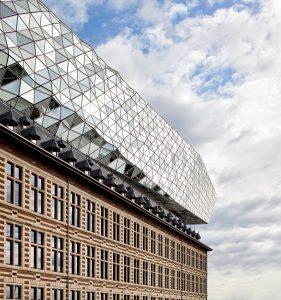 port-house-antwerp-zaha-hadid-architects-hufton-and-crow_dezeen_2364_col_0