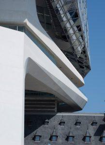 port-house-antwerp-zaha-hadid-architects-tim-fisher_dezeen_2364_col_3